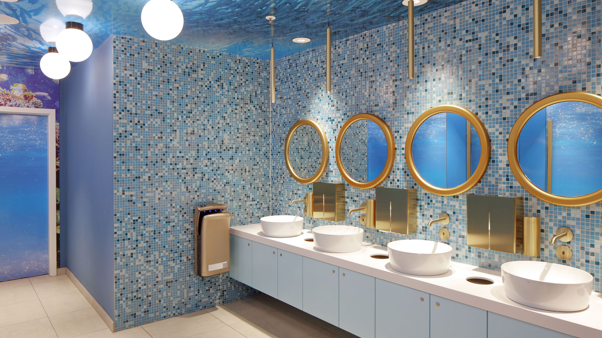 Kunden WC Ozeanwelt
